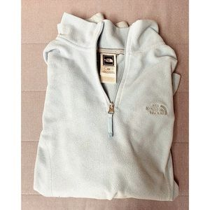 North face Pullover sizeM